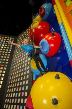 Clip 'n Climb Challenge Detonator Reto