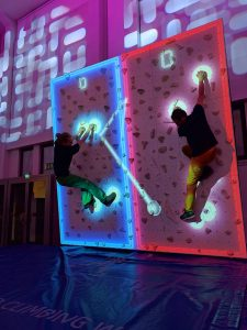 Augmented_Climbing_Wall_Games_Climball_2 (1)