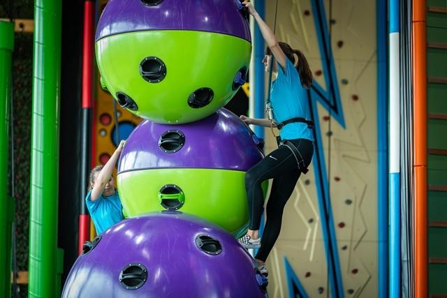 teens climbing
